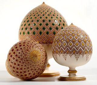 Handmade Italian pottery - Pumi by Francesco Fasano, our brand new artist from Apulia