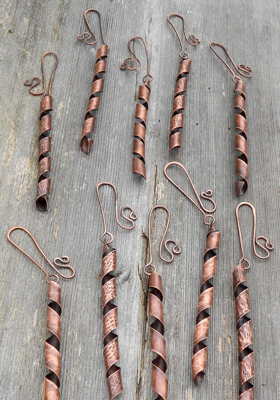 Twirly Copper Christmas Ornaments, I might even use them for earrings;)
