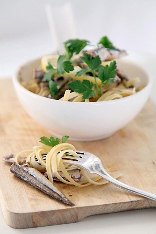 pasta with sardine and parsley