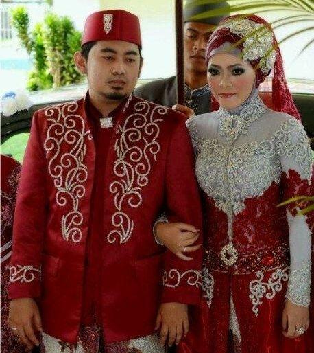Baju-Pengantin-Muslimah-Merah.jpg (458×514)