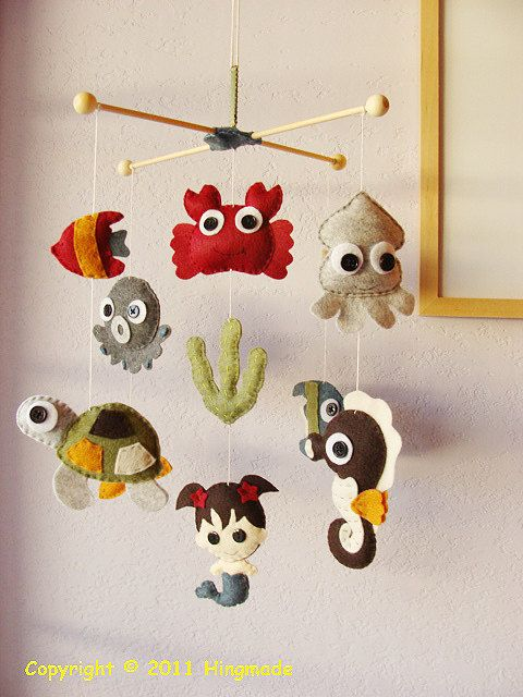 @Colleen Conlan Zielinski  Thought of you when I saw this!  Baby Crib Mobile - Nursery Mobile - Handmade Felt Mobile - Hanging Mobile - Under the sea theme