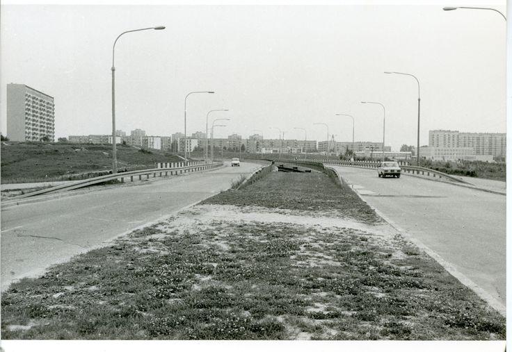 ul. Filaretów, po prawej w oddali os. im. B. Prusa, po lewej stronie os. im. M. Konopnickiej źródło; Kuba 120000