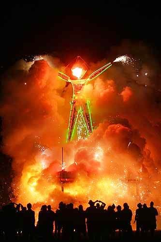 Best Burning Man Images On Pinterest Black Rock Burning Man - Fantastic photos of burning man counter culture event taking place in the desert