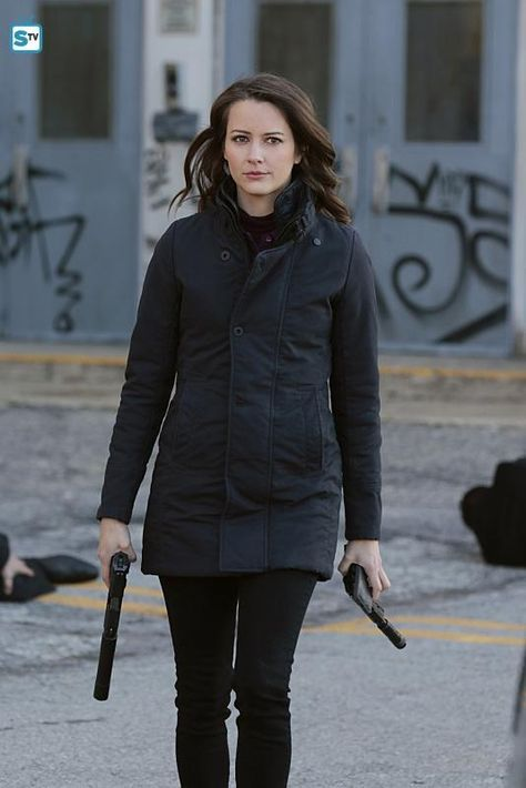 Great Article!!! Performers Of The Month - May Winner: Outstanding Actress - Amy Acker