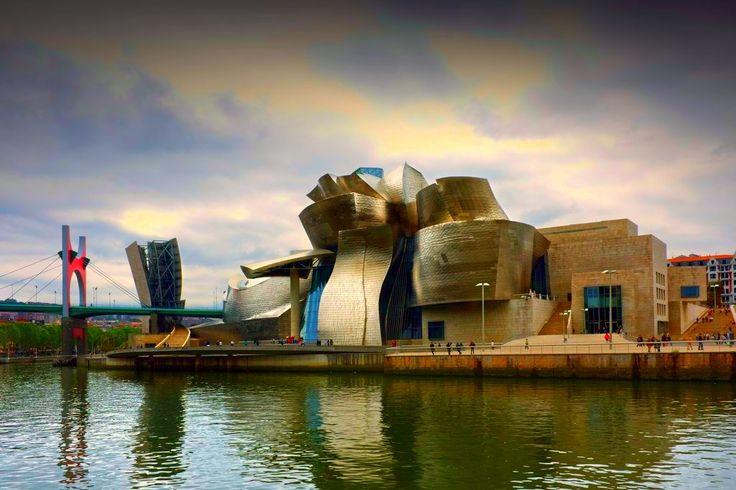 El Museo Guggenheim, Spain