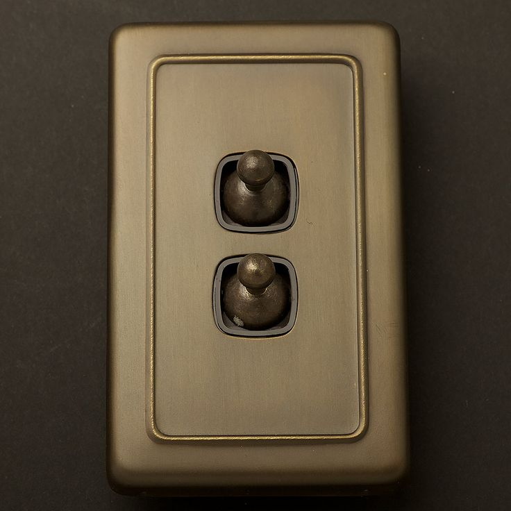 Traditional Antique Brass large plate double rocker switch. Fix to plasterboard as double light switch. Brass plate cover over plastic mechanism.