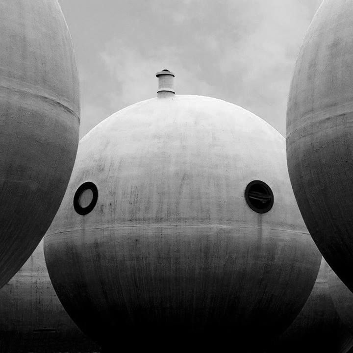 Bolwoningen complex, (fifty experimental spherical houses) Hertogenbosch, Netherlands, designed in the late 1970s, built in 1980s via architecture blogger Di Ma.
