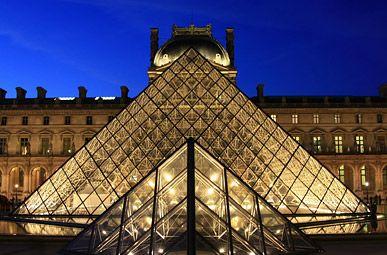 ルーブル美術館 フランス/パリ