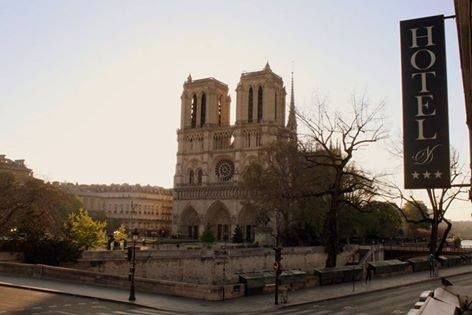 Open the window! The biggest star of Paris is right in front of you : the very famous Cathedral of Notre Dame de Paris!  Book your stay directly on our website and take advantage of our web special promotion and its reduction of at least 6 % off! www.hotelnotredameparis.com #Stay #Paris #romantic #promotion #boutiquehotel #notredame #christianlacroix #discount #offer #fare #exclusive #hôtelnotredame #travel