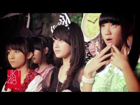 """Behind The Scene """"Love JKT48 2013"""" 2nd Official Guide Book. Part 2"""