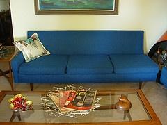 Kroehler sofa from st louis craigslist furniture for Craigslist st louis furniture