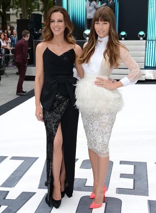 Кейт Бекинсейл VS Джессика Бил: модная битва