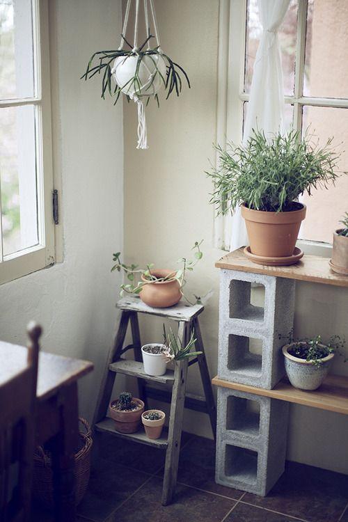 simple bookshelf