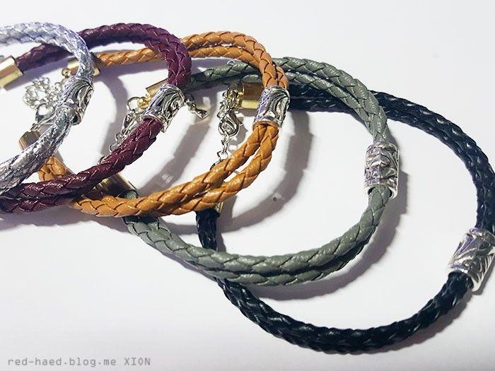 재료들 모아 모아 오래간만에 우정 팔찌를 만들어보았다 우정 팔찌라 해도 각기 색이 다른 팔찌 5가지이지...