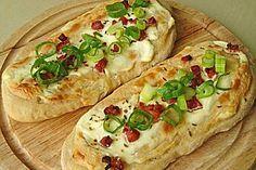 Mittelalterliche Rahmfladen sooo gut♡ (am liebsten ohne Speck aber mit Möhren, Kartoffeln, Paprika und Gouda)