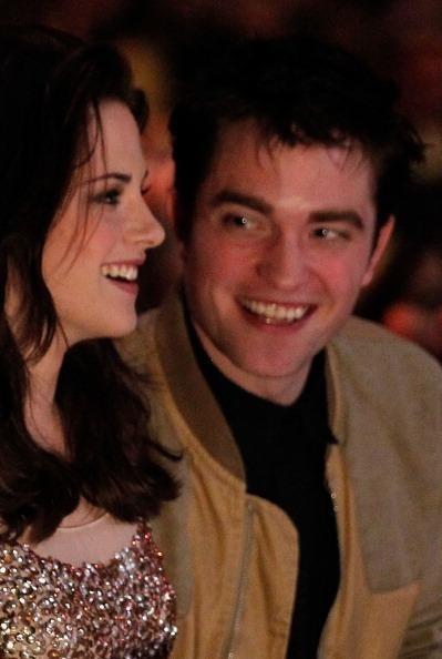 Kristen Stewart and Robert Pattinson latest news: Body language and interviews (videos)