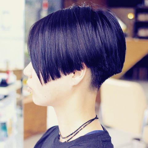 salon work : kariage bob #hair #hairstyle #hairdesign #ヘア #ヘアスタイル #ヘアデザイン #刈り上げボブ#デザインボブ#ショートボブ#bob#いわき#いわき市#いわき美容室#slundre