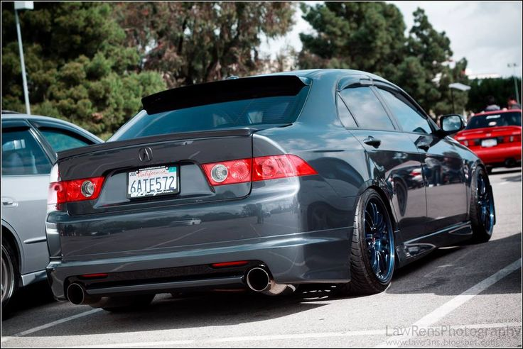 Acura TSX with RE30s