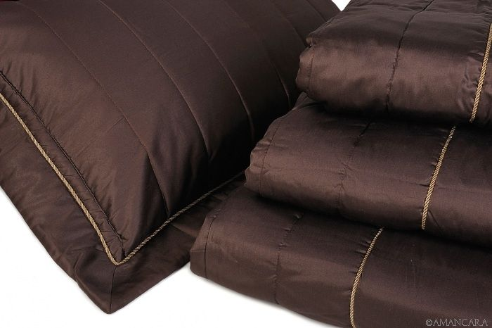 Prepare your bedroom for those cool fall nights...add a medium warmth comforter in a rich brown hue such as these...made in Tuscany.