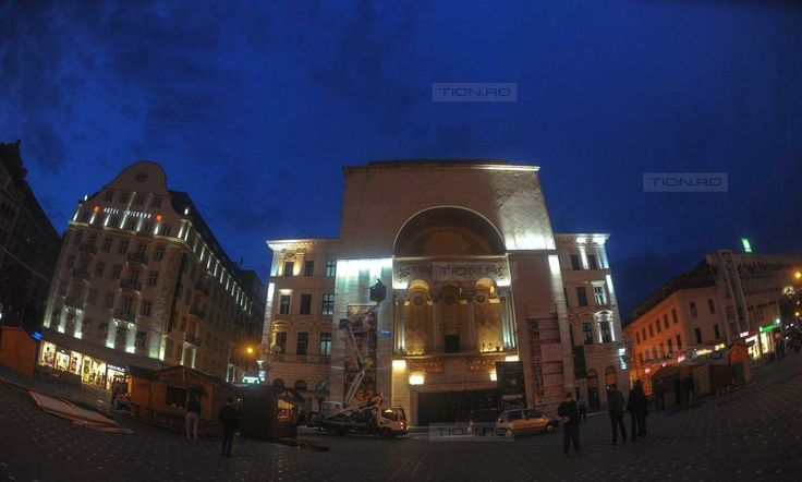Opera din Timisoara va fi iluminata artistic in trei culori: alb cald, alb rece si alb neutru