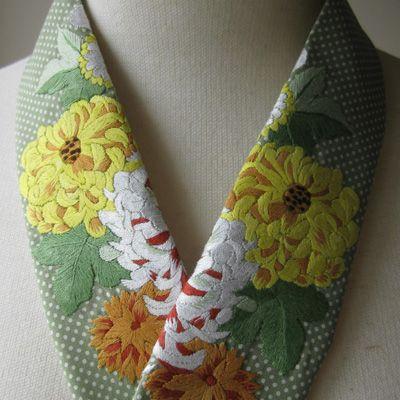 サンプルで作った柄の布に刺繍の半襟 : ペタコの毎日