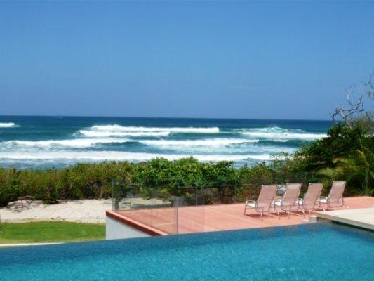 Casa Cristal, Playa Langosta, Costa Rica.