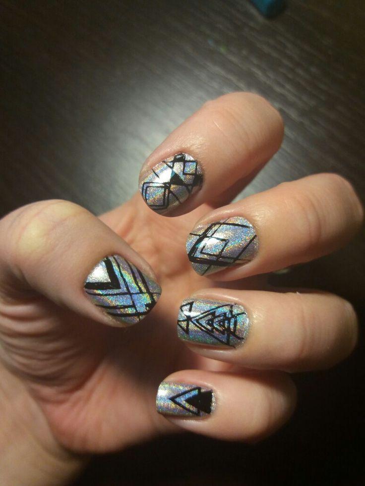 Holographic geometric nails
