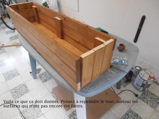 Construction d 39 un bac fleurs fleurir la terrasse for Banquette palette