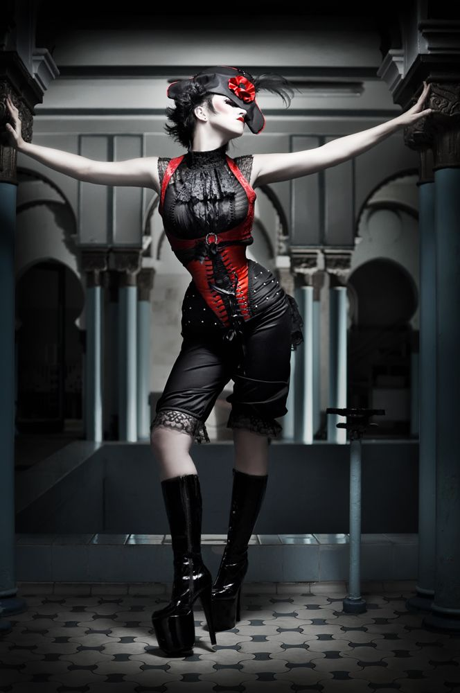 Neovictorian gothic, red and black, corset, bloomers, hat - Deeply Dramatic Photography - My Modern Metropolis