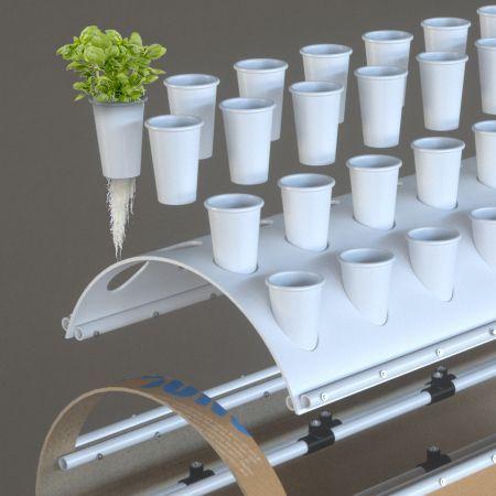 Hydroponics vertical irrigation
