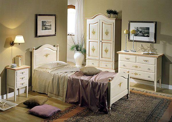 1000 idee su camere da letto in stile country su for Esterno in stile country francese