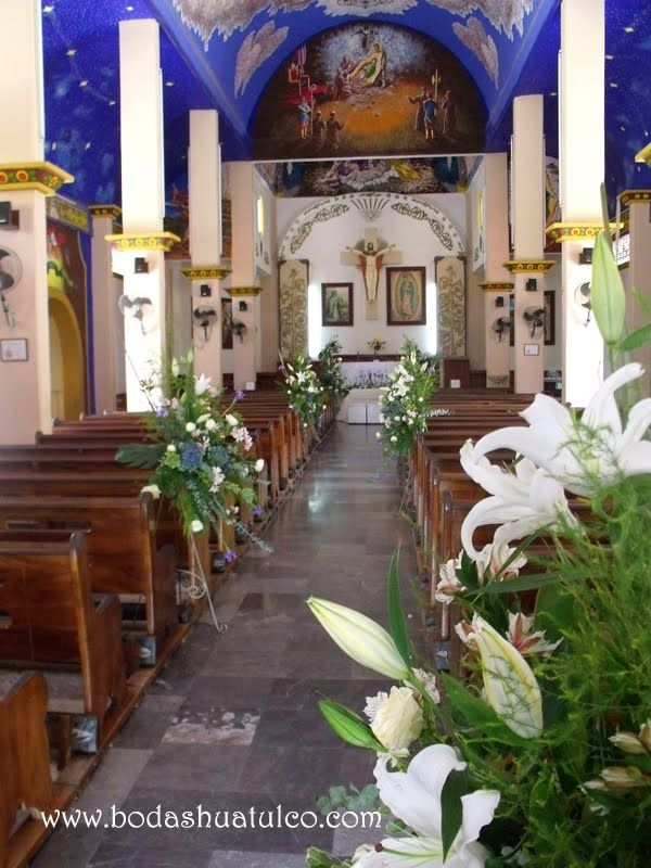 Decoración para tu ceremonia religiosa, ideal para tu boda en playa por Bodas Huatulco