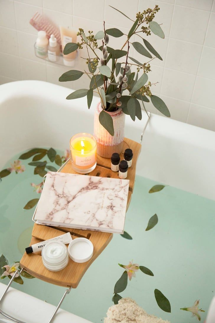 45 Cute And Thoughtful Gifts No Woman Could Ever Refuse Bath Tray Bath Tray Caddy Relaxing Candles