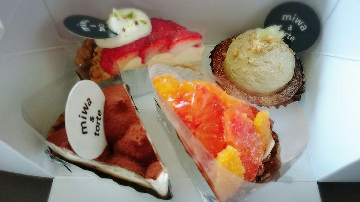 イチゴのタルト ティラミス オレンジタルト レモンとアールグレイのタルト