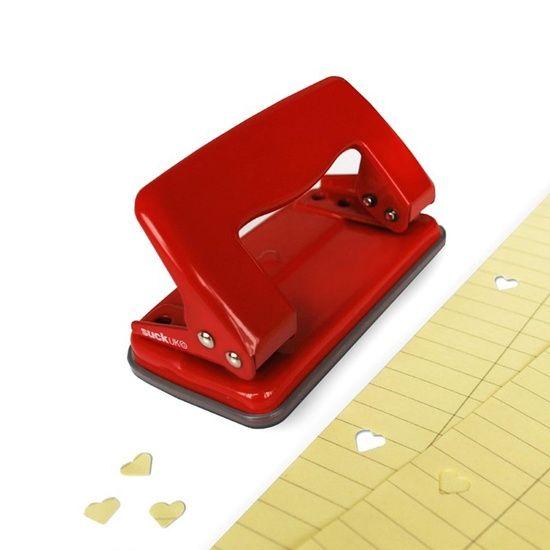 BUCATRICE CUORE suck-uk Un comune oggetto da ufficio diventa una romantica bucatrice. Fora le pagine con 2 divertenti cuori. Idea regalo per la maestra! - Cose di casa