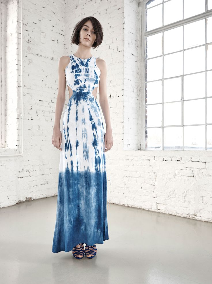 Hand Dyed Maxi Dress by Fibula - buy online at Designrs.co. The whole production process of the garments is made by hand. We dyed the pattern with sibori technique.