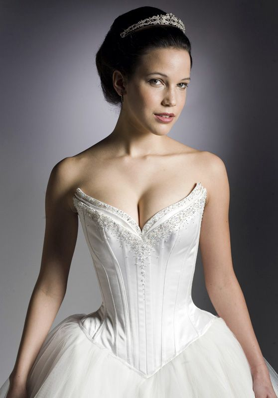 Wedding Collection @ Gwen Russell ~ Bridal Couture Love the bodice