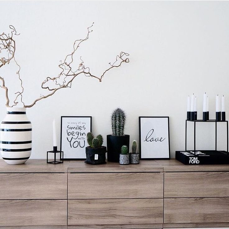 """""""Lovely! Credit: @hvitelinjer ✨ #inspo #interior #interiors #interiør #interior4all #interior123 #scandinavianliving #interior125 #inspire_me_home_decor…"""""""
