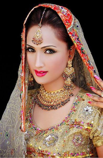 Pakistani & Indian Bridal Wedding Dresses,Stylish Bridal Dresses 2013-14 for India and Pakistan,Pakistani Dresses Online   Indian Pakistani clothing