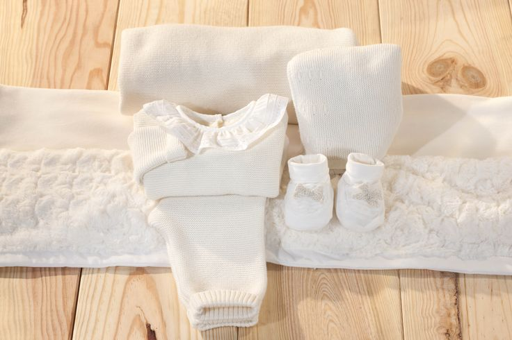 For the baby who won the hearts of all :) END – OF – SEASON – SALE >>> Up to 50% #great #baby #love #pure #natural #bestdealever #amazing #knit #angel #dream Go trought www.patachou.com