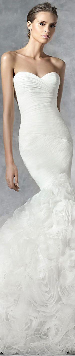 PRONOVIAS BRIDAL GOWNS 2016 PLENA WEDDING GOWN