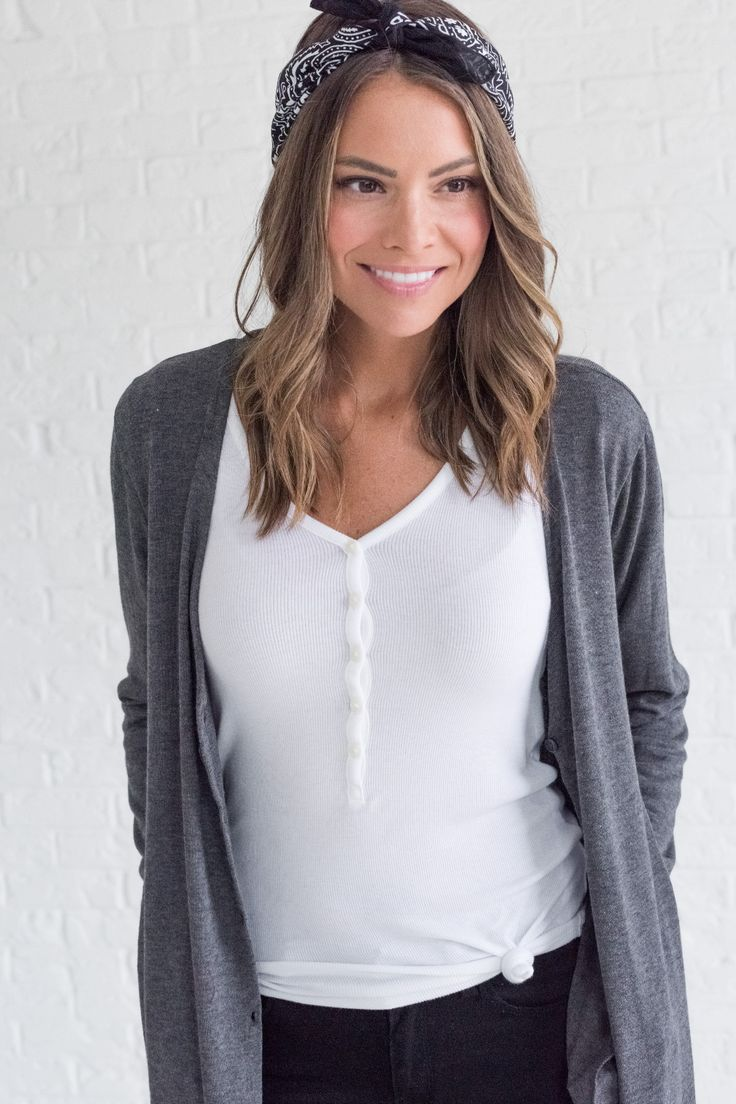 Gray cardigan, cute winter cardigan outfits for women, cute cardigan outfit ideas for fall for women