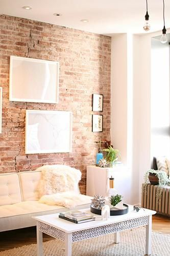Single? We've got ways to decorate your space