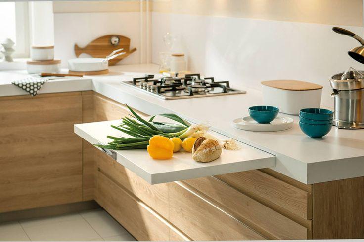 Práticos, esses balcões são desenhados como gavetas ou prateleiras retráteis para adicionar espaço à cozinha na hora de preparar alimentos