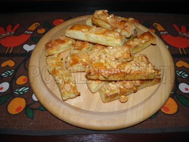 Slane grickalice  badem štapići