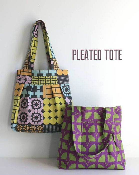 "Pleated Tote Tutorial with ""Stamped"" fabric for Kokka."