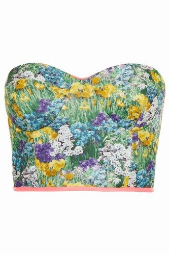 Floral bodice? We need this in our closet!
