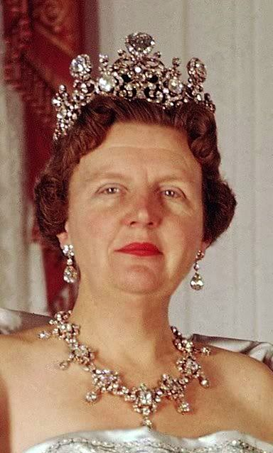 Queen Juliana wearing the Stuart Diamond Tiara, The Netherlands (1897; made by Johann Eduard Schümann & Company; diamonds).