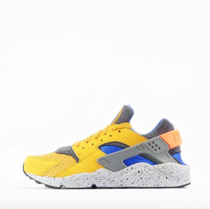 Nike Air Huarache Run SE Mens Shoes in Gold Leaf #Nike #Trainers #Casual
