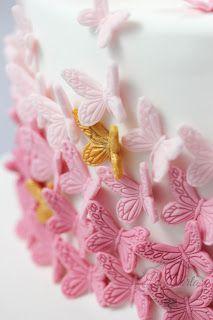 La Torta - unike kaker: Dåpskake til Linde - sommerfugler